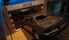 BMW 750IL – Tomorrow Never Dies