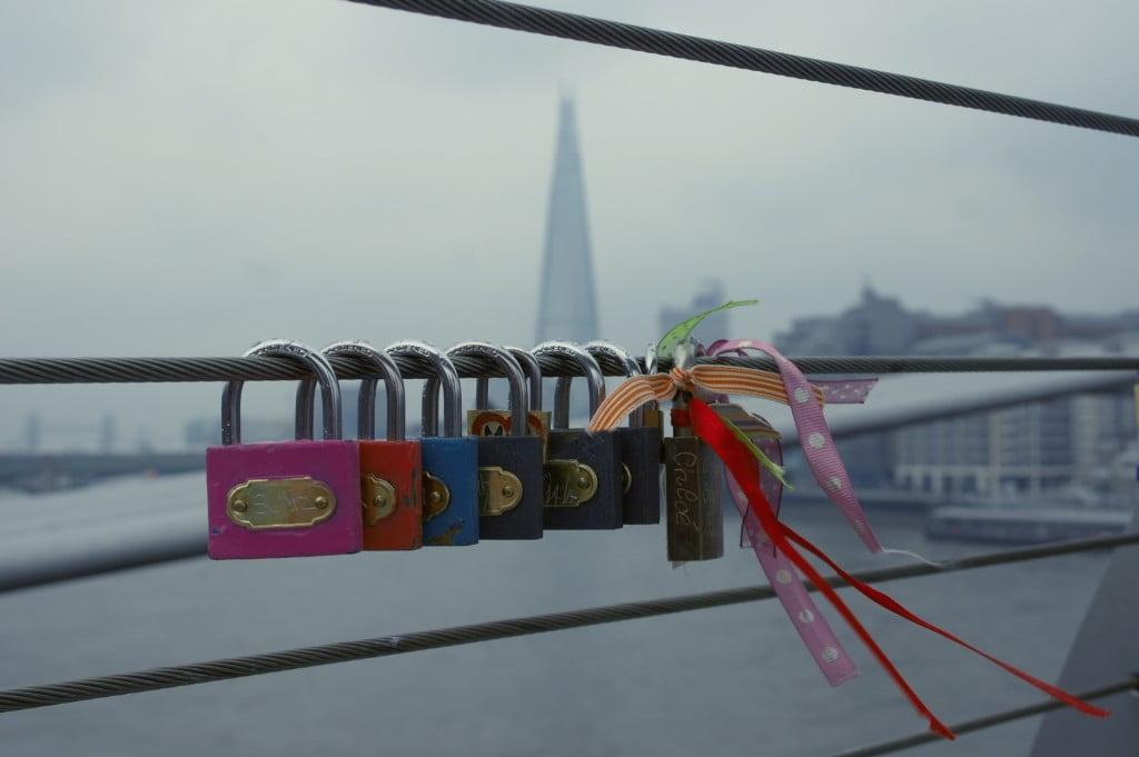 Love Lock Bridges in London: Gallery
