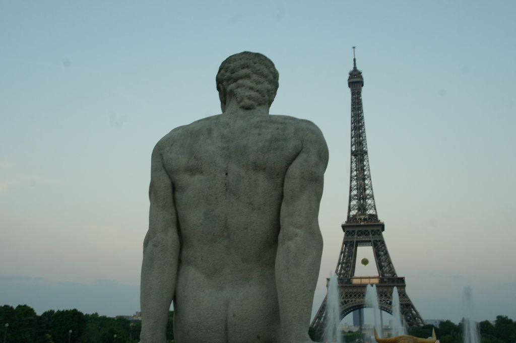 L'Homme Statue - Eiffel Tower