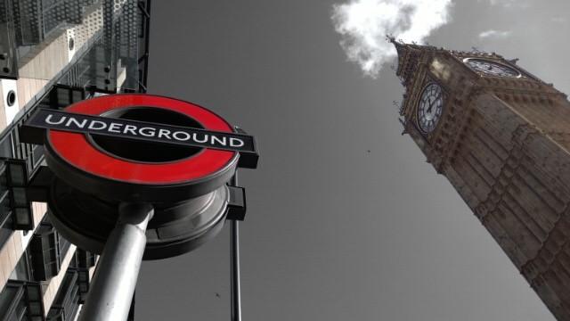 Red colour pop Big Ben and Underground sign