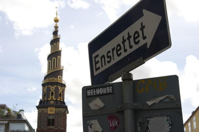 Ensrettet sign, Copenhagen