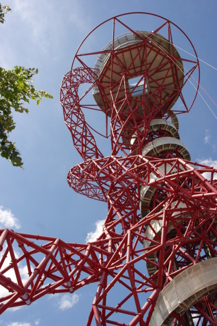 ArcelorMittal Orbit from ground level