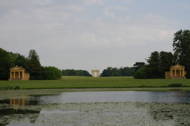 Pond Corinthian Arch and Pavilions