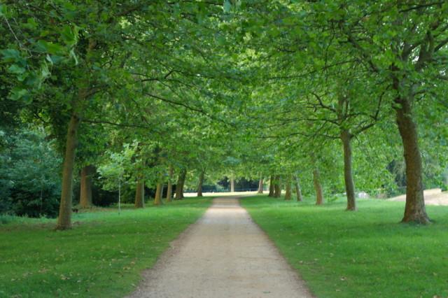 Stowe Gardens path