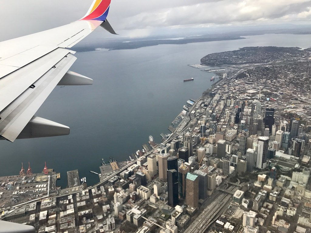 airplane city photo