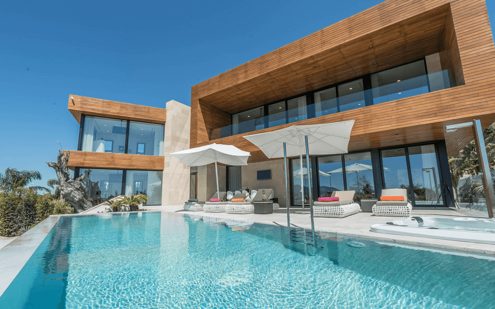 Exclusive-Ibiza-villa-rental
