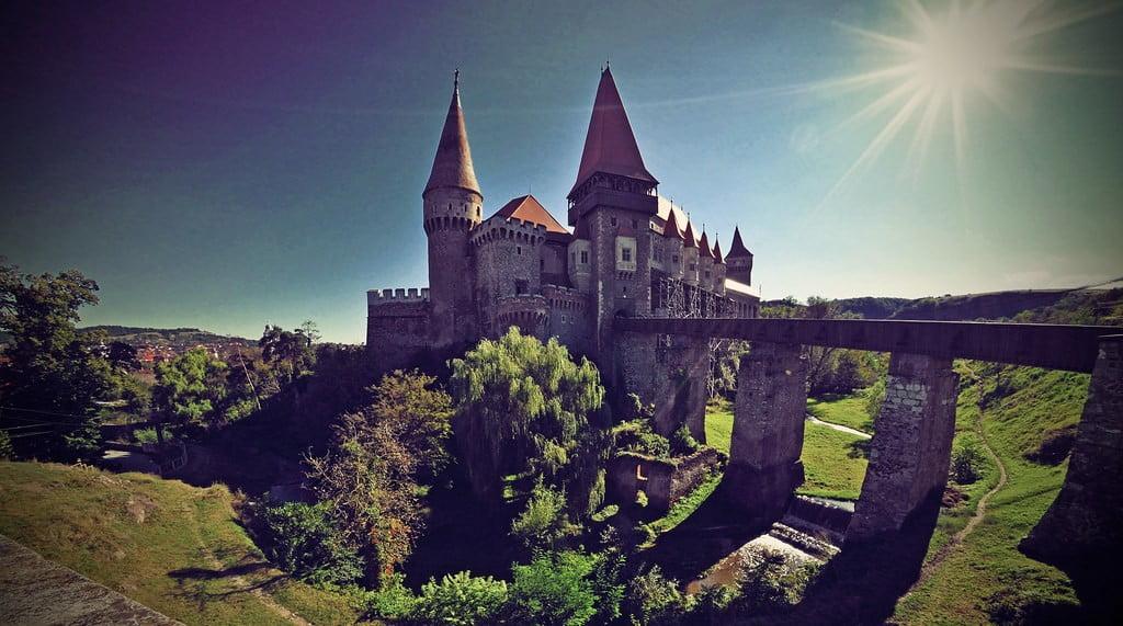 14928228713_403ffd22ce_b_Castles-Of-Transylvania