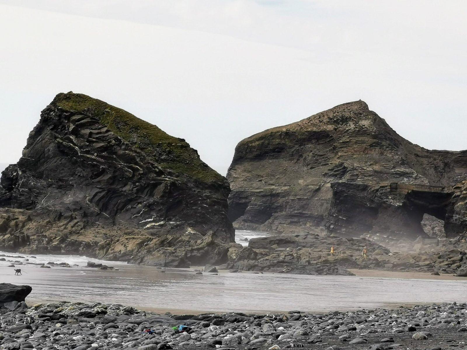 The Strangles Beach & Trail: A Hidden & Quiet Beach in Cornwall 16