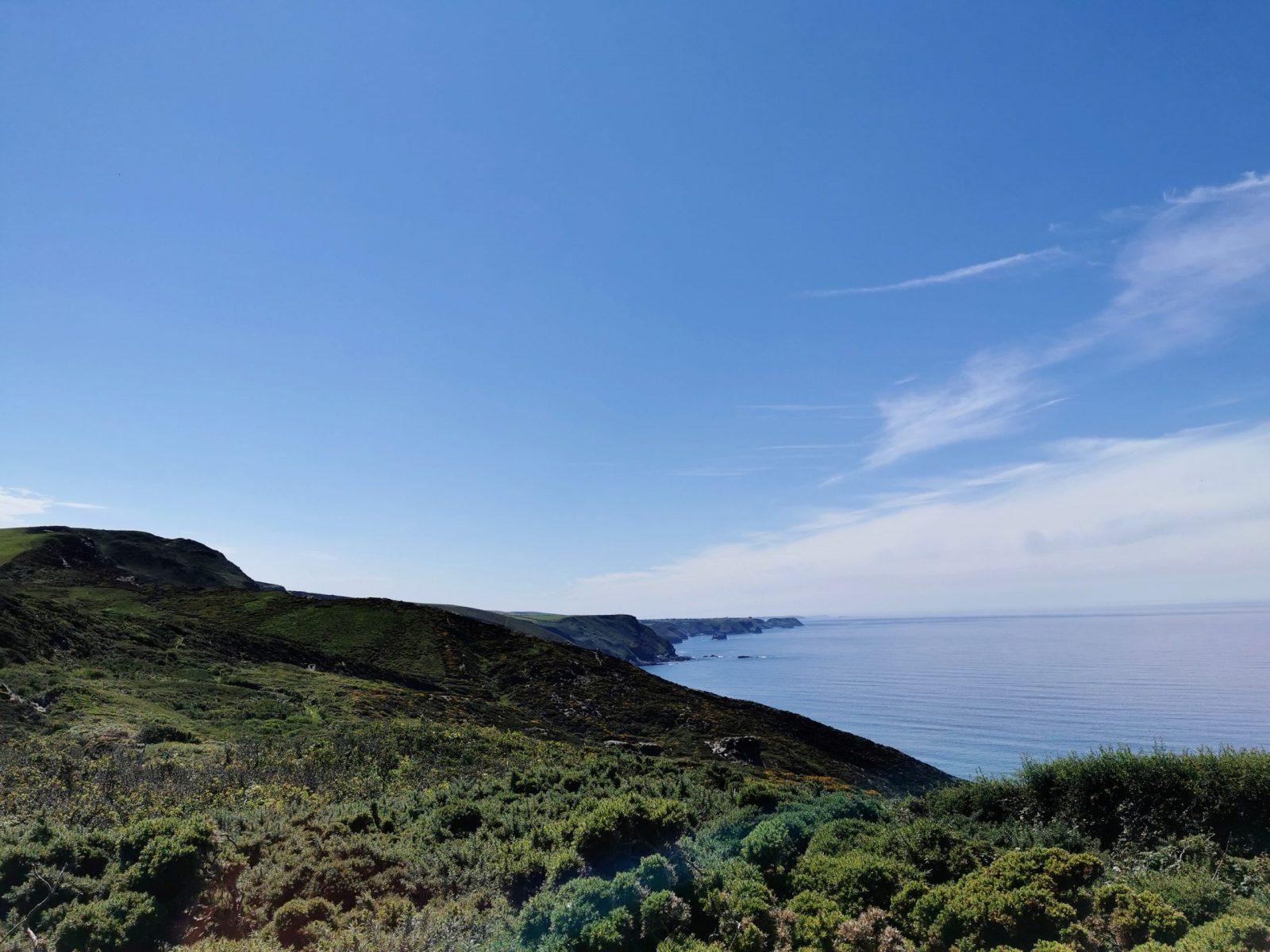 The Strangles Beach & Trail: A Hidden & Quiet Beach in Cornwall 10