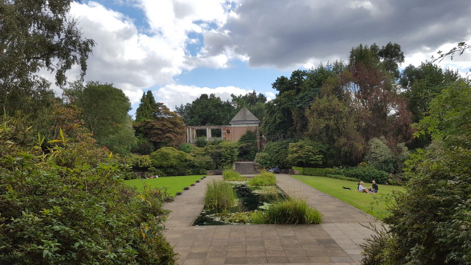 Visiting Hill Garden & Pergola, Hampstead Heath: Photo Gallery 16