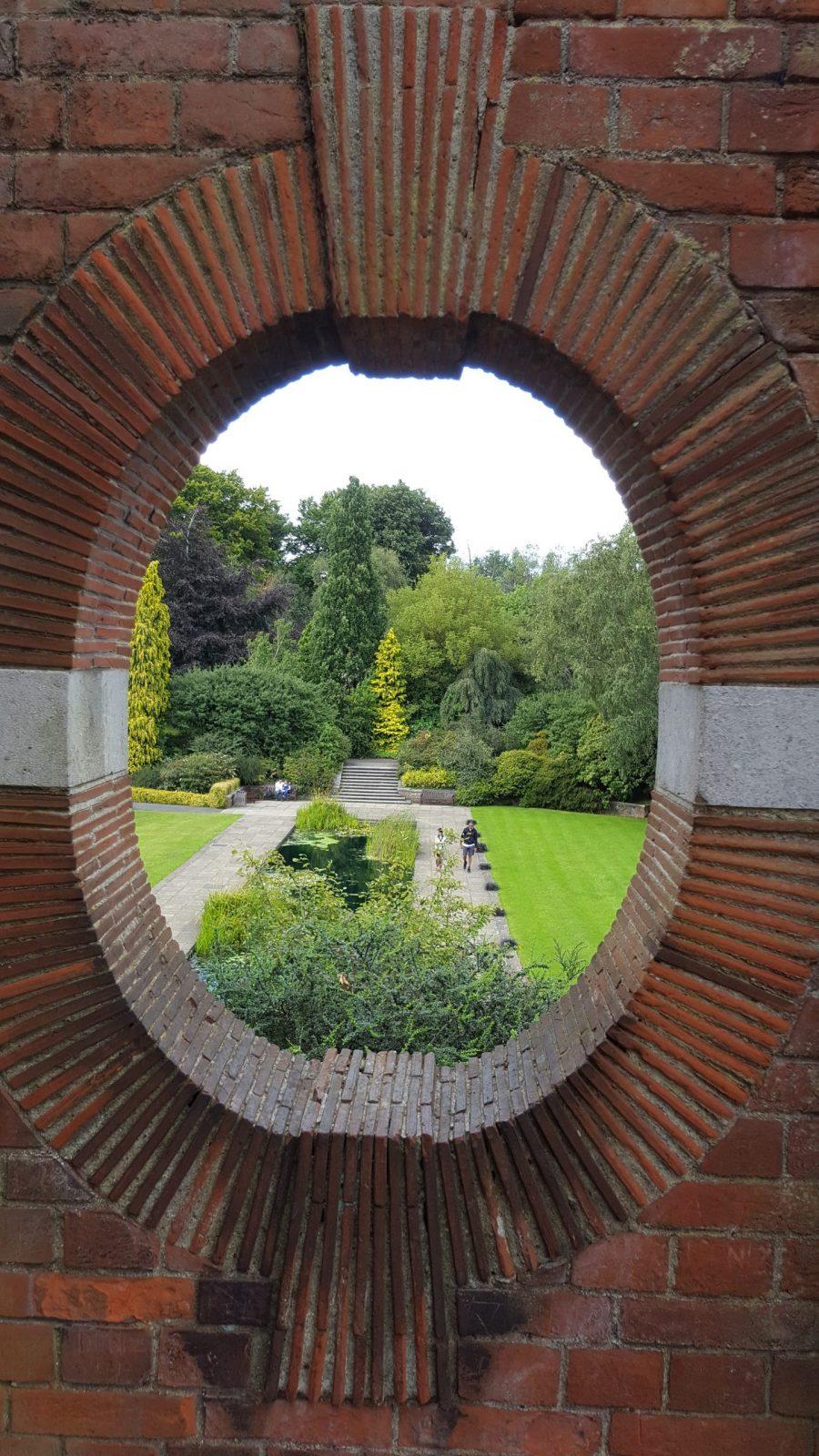 Visiting Hill Garden & Pergola, Hampstead Heath: Photo Gallery 19