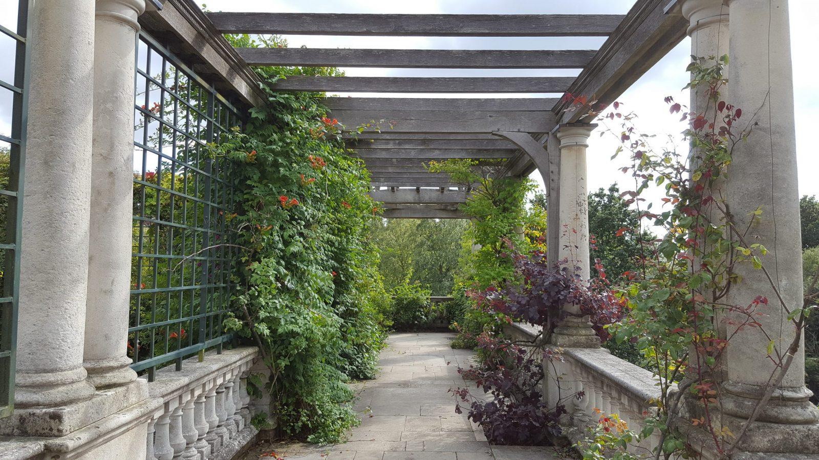 Visiting Hill Garden & Pergola, Hampstead Heath: Photo Gallery 21