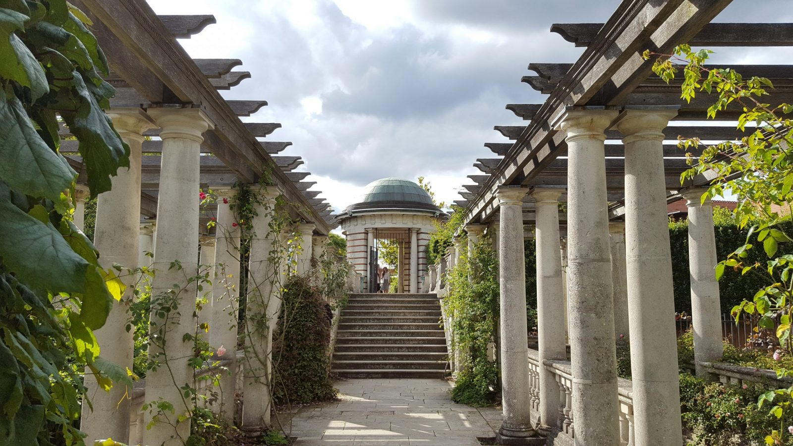 Visiting Hill Garden & Pergola, Hampstead Heath: Photo Gallery 6